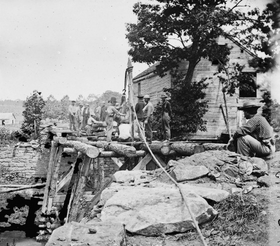 1862 August Fauquier Sulphur Springs, Va., vicinity. Troops building bridges across the north fork of the Rappahannock