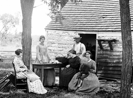 Cedar Mountain, Va. Family group before the house in which Gen. Charles S. Winder (C.S.A.) died