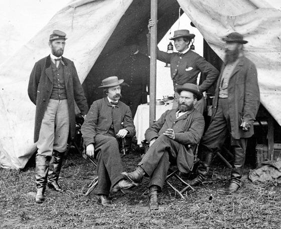 1862-09 secret sevice men at antietam