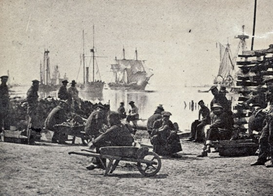 Gun-boats at Baton Rouge, La., March 1863