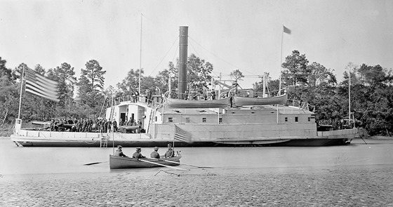 USS Commodore Perry, a ferryboat converted to a gunboat, Pamunkey River, Virginia, USA – circa 1863.