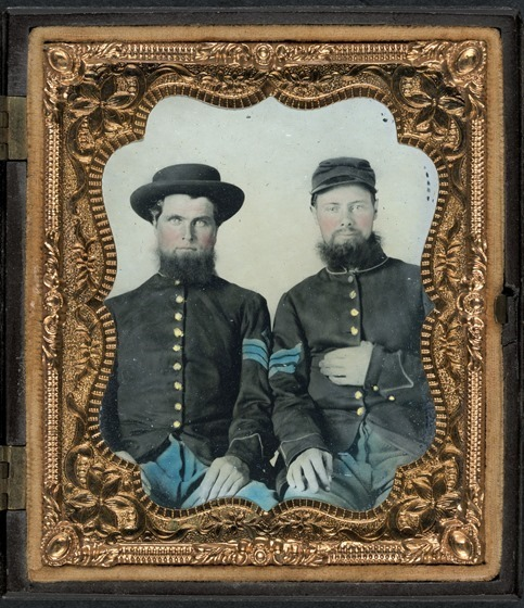 Two unidentified soldiers in Union sergeants' uniforms -- in case_thumb
