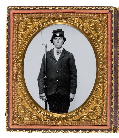 Unidentified soldier in Union uniform with bayoneted musket - in frame