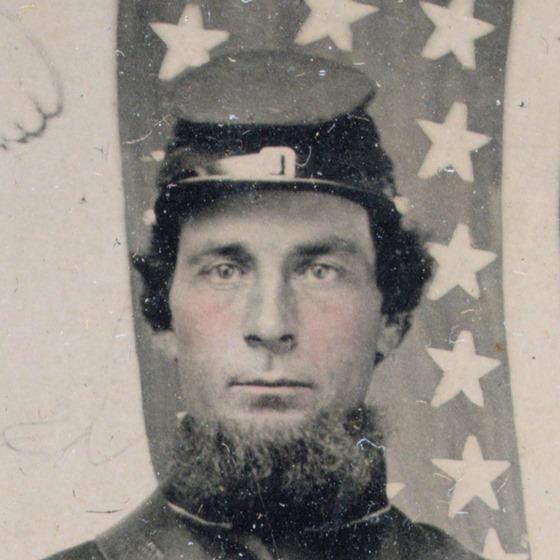 closeup -- Unidentified soldier in Union uniform